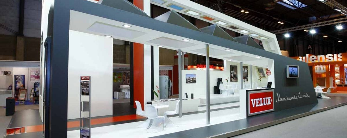 Stand VELUX – CONSTRUTEC 2002
